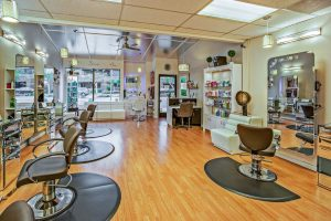 Your new beauty salon in Burbank.